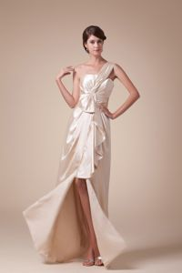 Champagne One Shoulder High Slit Middle School Graduation Dresses with Ruches