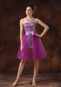 Strapless Mini-length Middle School Graduation Dresses in Fuchsia with Sequins
