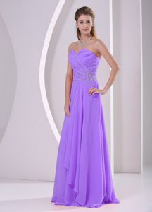 Elegant Purple Ruched Sweetheart Long College Grad Dresses with Beading