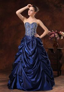 Royal Blue Beaded Sweetheart Long College Graduation Dress with Pick-ups