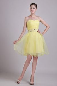 Light Yellow Sweetheart Mini-length Middle School Grad Dress with Beading