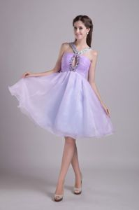 Lovely Lilac Beaded V-neck Knee-length Graduation Dresses with Keyhole