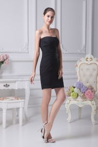 Simple Black Strapless Short High School Grad Dresses with Ruches in Erie