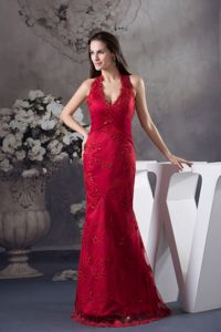 Halter V-Neck Mermaid Red Ruched Floor-Length Graduation Dress with Appliques