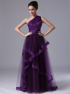 One-Shoulder Purple Sleeveless Floor-Length Ruched Graduation Dress in Taynuilt