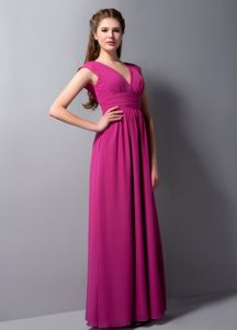 V-Neck Floor-Length Ruched Fuchsia Graduation Dress for Grade 8 in Turnberry