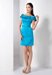 Off-the-Shoulder Teal Short-Length Graduation Dress with Belt and V-Back