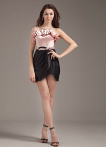 Pink and Black Ruffled Strapless Short Graduation Dresses for High School
