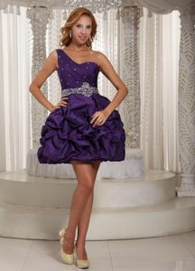 Eggplant Purple One Shoulder Beaded Short Graduation Dress with Pick-ups