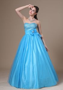 Aqua Blue Sweetheart Long Grad Ceremony Dresses with Beading and Bow