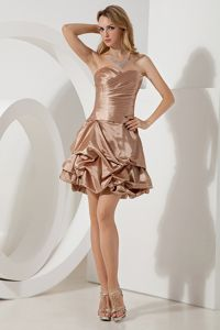 Champagne Sweetheart Mini-length Graduation Dress with Pick-ups