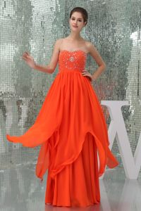 Coral Red Sweetheart Beaded Floor-length Chiffon Graduation Dresses