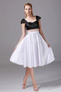 White and Black Knee-length Graduation Dress for Middle School in Beardstown