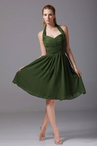 Ruched Olive Green Knee-length Middle School Graduation Dress with Halter Top
