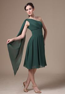 Chiffon Green One Shoulder Tea-length Graduation Dress for Grade 8 in Bethel