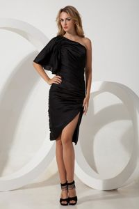One Shoulder Black Column Ruching for School Spring Party Dress Chiffon in Helena