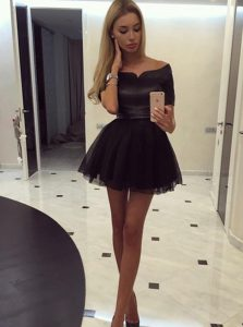 Affordable Off the Shoulder Black A-line Ruching Sweet 16 Quinceanera Dress Zipper Organza Short Sleeves Mini Length