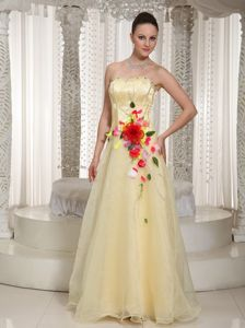 Flowers Beading Light Yellow Strapless Eighth Grade Graduation Dresses in Buckie
