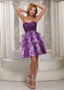 Lovely Sweetheart Beaded Short Eggplant Purple Pageant Graduation Dress with Ruffles