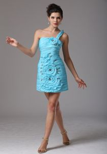 One Shoulder Ruched Hand Flowery Short Prom Dresses for Graduation in Aqua Blue
