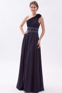 One-Shoulder Column Floor-Length Graduation Dress with Beading and Flower