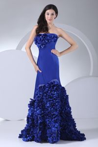 Royal Blue Strapless Sweep-Floor Graduation Dress with Rolling Flowers