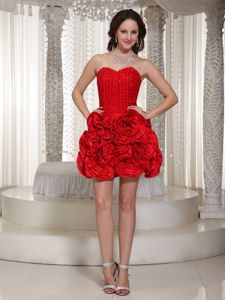 Flowers Rhinestones Bright Red Cute Graduation Dresses in White Plains