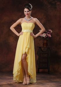 High-low Yellow Ruched Belt Chiffon Graduation Dress in Chapel Hill