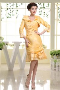 Sweetheart Knee-length Graduation Dresses for 8th Grade in Yellow with Flower