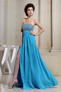 Bright Blue Beaded High Slit Graduation Dresses for High School in Floor-length