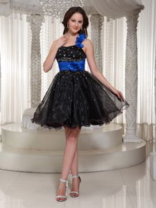 Beaded One Shoulder Black College Graduation Dress in Mini-length in Paragon