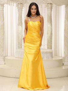 Appliqued One Shoulder Floor-length Graduation Dresses for Juniors in Yellow