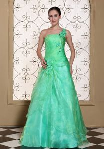 One Shoulder A-line Green Graduation Dress for 8th Grade with Flower in Avon
