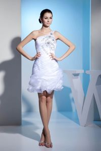 White One Shoulder with Beading and Pick-ups Graduation Dresses for Juniors
