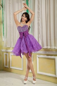 A-line Sweetheart Short Beaded Lavender Graduation Dresses for 8th Grade