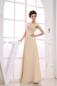 V-neck Champagne Ruching 2013 Graduation Dresses for Grade 8 in Lincoln