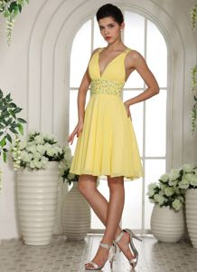 V-neck Empire Beads Yellow 5th Grade Graduation Dresses in Jacksonville