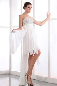 Beading Chiffon Ruched Chiffon White Graduation Dress in Hollywood