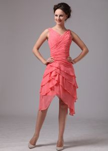 Ruche and Layers V-neck Senior Graduation Dress in Watermelon Red