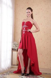High-low Beading and Ruching University Graduation Dresses in Red