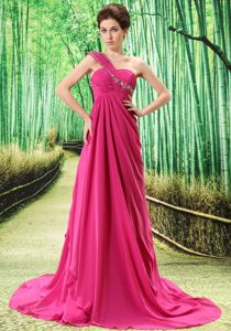 Red One Shoulder Appliques and Ruches Grad Grad Dress in Natal Brazil