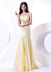 Beading and Mermaid for College Graduation Dress in Light Yellow