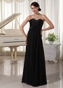 Modest Beaded Sweetheart Black Floor-length Formal Graduation Dresses