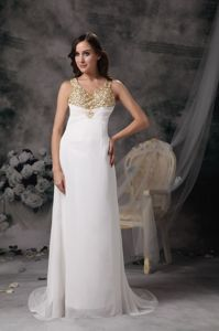 Special V-neck White Brush Graduation Dress with Beading and Crisscross