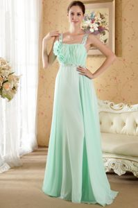 Apple Green Ruched Prom Dresses for Graduation with Straps and Flowers