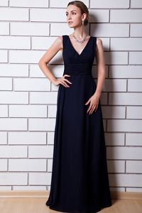 Wholesale Black V-neck Floor-length Formal Dress for Graduation in Dallas
