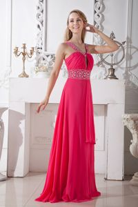 Coral Red Beaded V-neck Brush University Graduation Dress with Keyhole