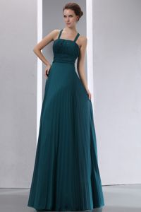 Elegant Pleated Peacock Green Full-length Graduation Dress with Crisscross