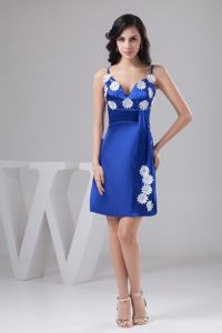 Hot Sale Royal Blue Short Graduation Dresses with Straps and Appliques
