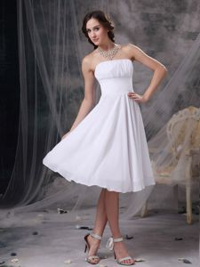 Strapless Chiffon Ruched Knee-length White Cute Graduation Dresses